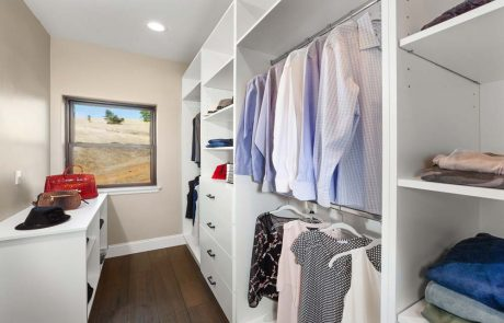 upper level Master bedroom walk in closet